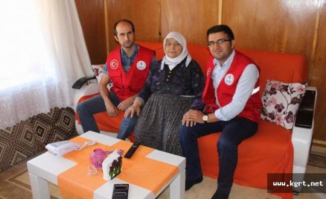 Karaman Gençlik Merkezi Şehit Ailelerini Bayramda Unutmadı