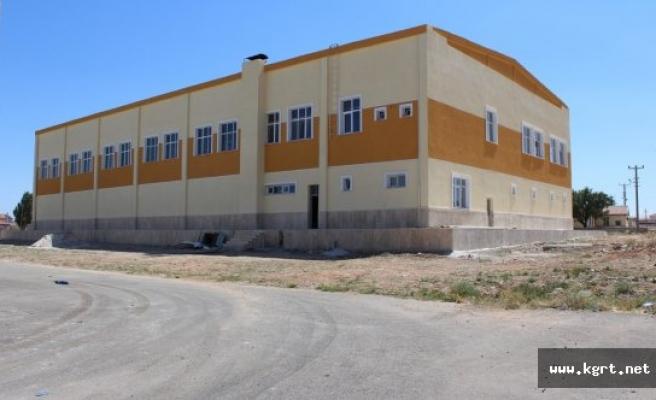 Kazımkarabekir İlçe Spor Salonu Yeni Yüzüyle Hizmete Hazır