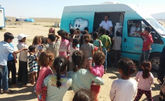 Ağız Ve Diş Sağlığı Tarama Aracı İle Köyler Tek Tek Taranıyor