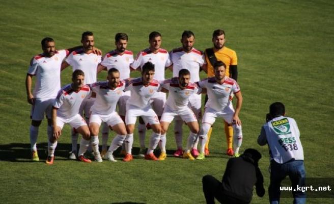 Karaman Belediyespor'da Farklı Galibiyetin Sevinci Yaşanıyor
