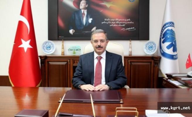 Rektör Sabri Gökmen'in 29 Ekim Cumhuriyet Bayramı Mesajı