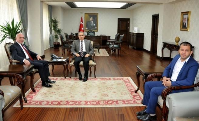 ANKARAMANDER Başkanı Veli Bozkır'dan Vali Tapsız'a Nezaket Ziyareti