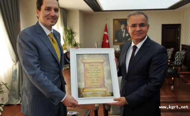 Erbakan Vakfı Genel Başkanı Dr. Fatih Erbakan'dan Vali Tapsız'a Nezaket Ziyareti