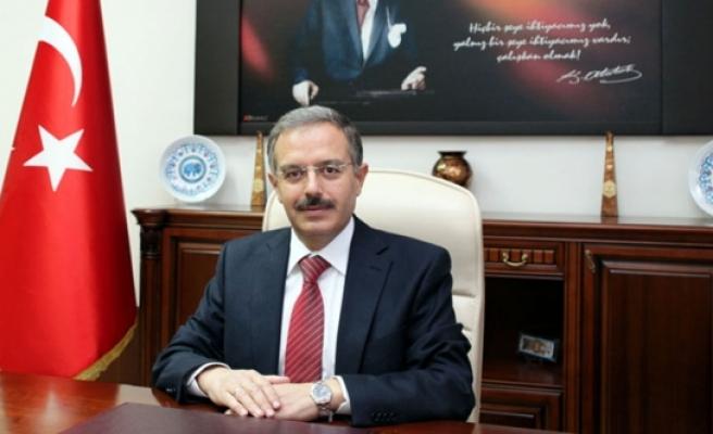 KMÜ Rektörü Prof. Dr. Sabri Gökmen'in 24 Kasım Öğretmenler Günü Mesajı