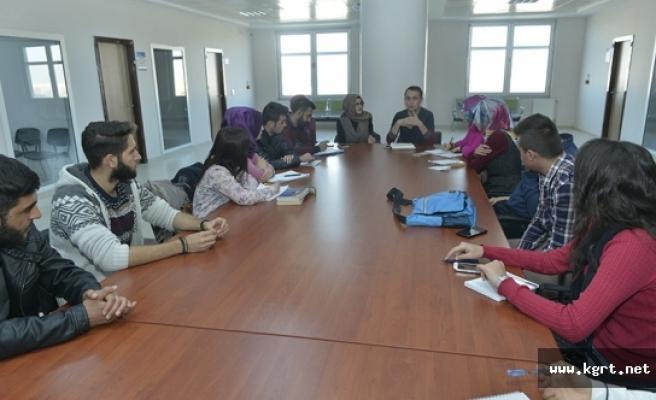 KMÜ Öğrencileri Serbest Kürsüde Buluştu