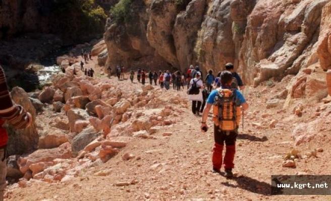 Sason Kanyonu Dağcıları Ağırladı