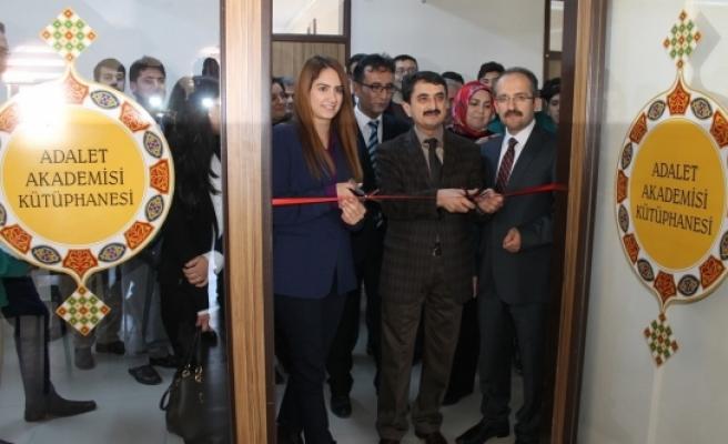Adalet Akademisi Kütüphanesi Açıldı