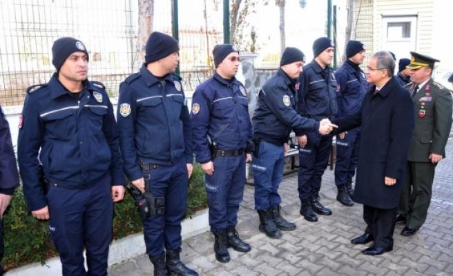 Çevik Kuvvet Polislerimize Moral Ve Başsağlığı Ziyareti