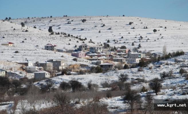 Mara-Karaman Yolu Kar, Tipi Ve Buzlanma Nedeniyle Trafiğe Kapatıldı