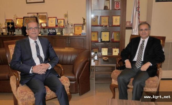 Vali Tapsız'dan Saray Holding'e Ziyaret