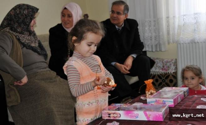Vali Tapsız'dan Şehit Nihat Akman'ın Ailesine Ziyaret