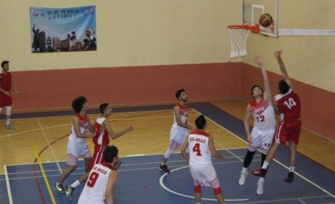 Basketbol'da Yarı Finalistler Belli Oldu
