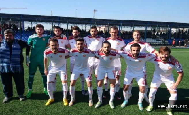 Karaman Belediyespor Zordu Deplasmandan Galibiyetle Döndü