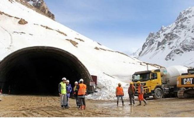 Sertavul Tünelinin Yapım İhalesi 19 Ocak'ta
