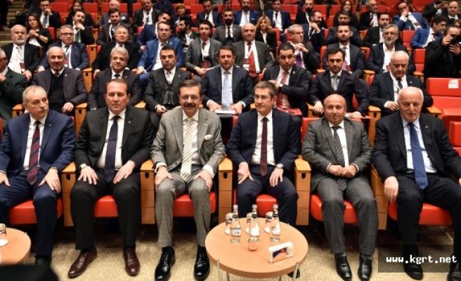 Türkiye'de Hızlı Büyüyen 100 Şirket Ödülünden Birisi CHS Ambalaj'a Geldi