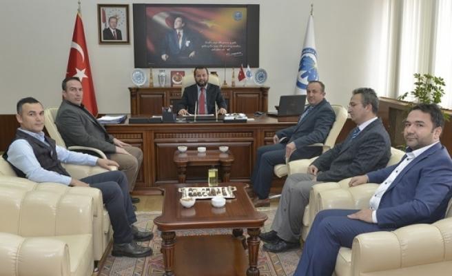Karaman Önder İmam Hatipliler Derneğinden Rektör Akgül'e Tebrik Ziyareti