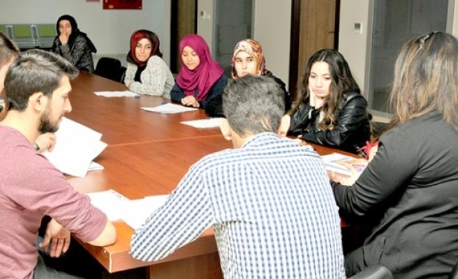 KMÜ'de 20'ler Meclisi Serbest Kürsüsü Kuruldu
