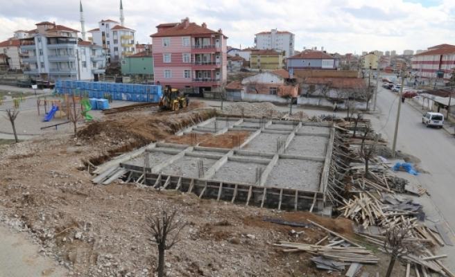 Osmangazi Hanımlar Spor Ve Kültür Merkezi'nde Çalışmalar Sürüyor