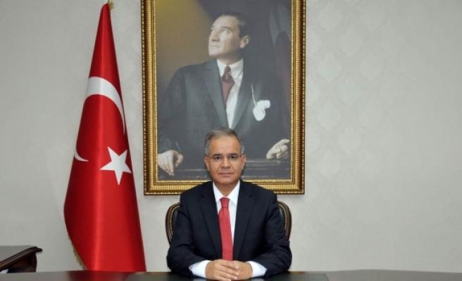 Vali Süleyman Tapsız'ın 14 Mart Tıp Bayramı Mesajı