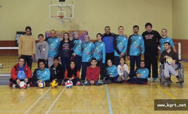Karaman'da Oturarak Voleybol Heyecanı Yaşanacak