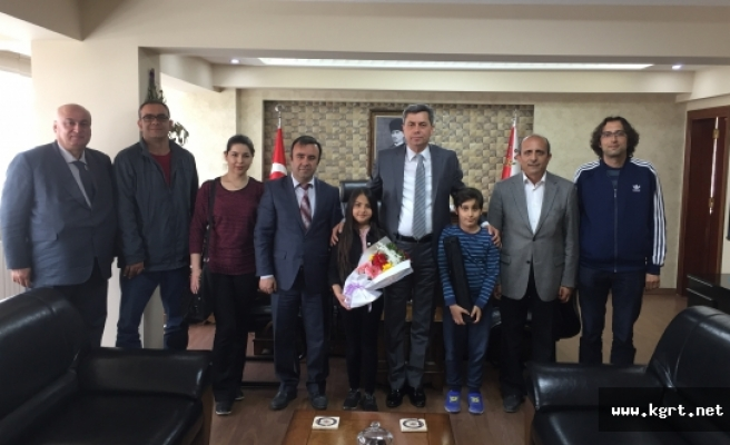 Satranç Temsilcilerinden Emniyet Müdürü Tutuk'a Ziyaret