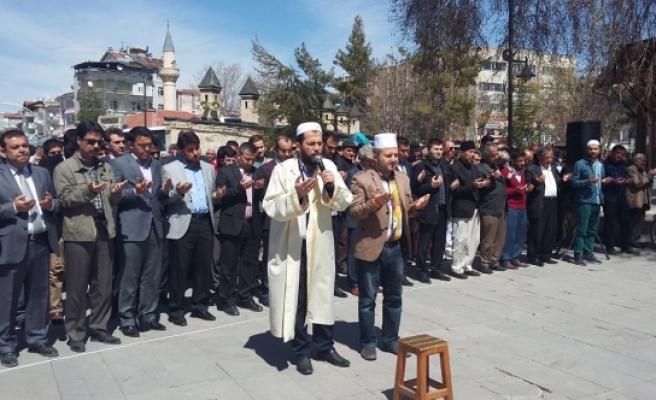 Şırnak Şehitleri İle İdlib'de Ölenler İçin Karaman'da Gıyabi Cenaze Namazı Kılındı