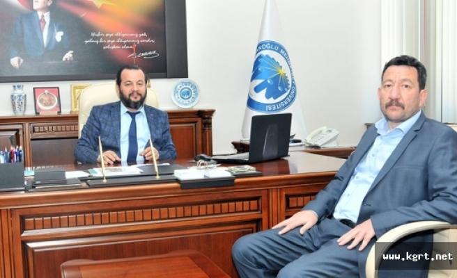 Bozok Üniversitesi Öğretim Üyesinden Rektör Akgül'e Ziyaret