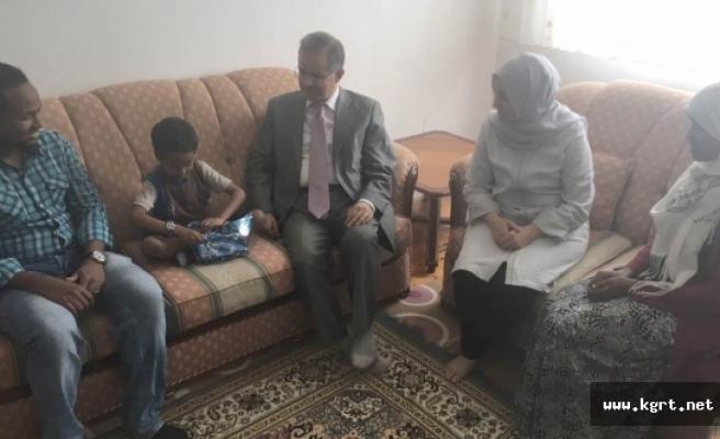 Tapsız Ailesi Ramazan Ayında Ev Ziyaretlerini Sürdürmeye Devam Ediyor
