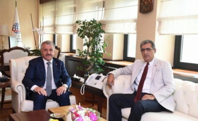 Konuk, Ulaştırma Bakanı Arslan'ı Ziyaret Etti
