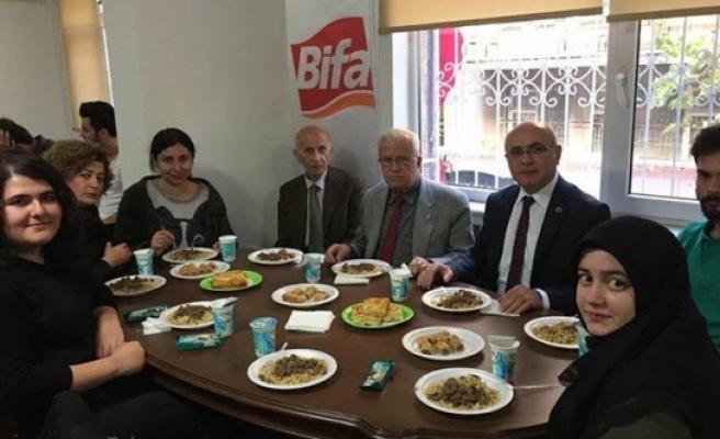 Ankara'da Okuyan Öğrenciler Yemekte Bir Araya Geldiler