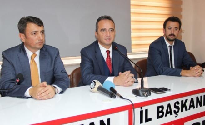 CHP Genel Başkan Yardımcısı Ve Parti Sözcüsü Tezcan: Memleket Kendi İçinde Bir Birini Anlamayan, Dinlemeyen Siyasetçilere Teslim Olmuş
