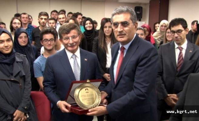 Eski Başbakan Davutoğlu 8 Aralık'ta Karaman'a Geliyor