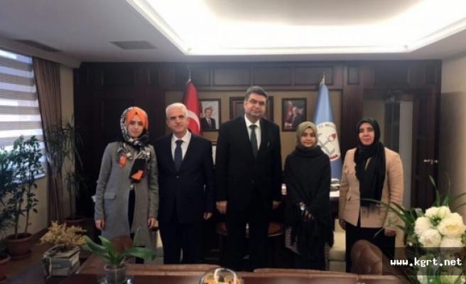 Türkiye Birincimiz Ayça Bilge Yemiş Bakanlıkta