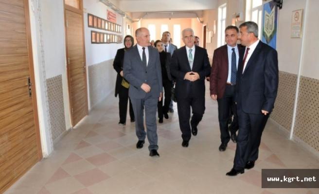 Vali Meral Akçaşehir Kasabasını Ziyaret Etti