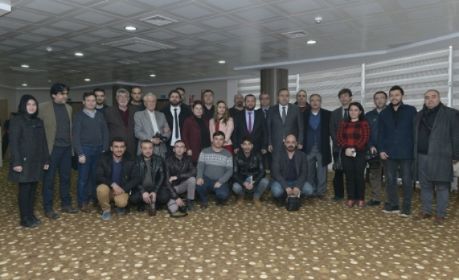 Basın Çalıştayında Basının Görevi Ve Sorunları Tartışıldı