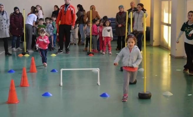 Ermenek'te 1. Eğlenceli Atletizm Şenliği Düzenlendi