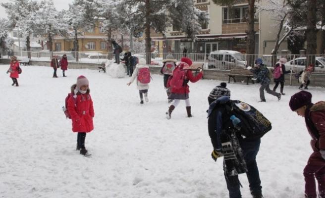 Karaman'da Taşımalı Eğitime Kar Engeli
