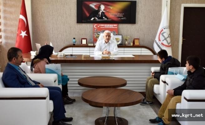 Siyer-İ Nebi Yarışmasında Dereceye Giren Öğrenciler Kuntoğlu'nu Ziyaret Etti