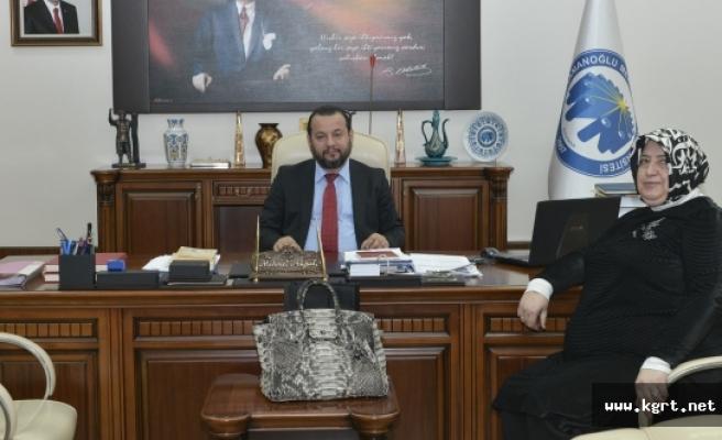 Yar-Der'den Rektör Akgül'e Ziyaret