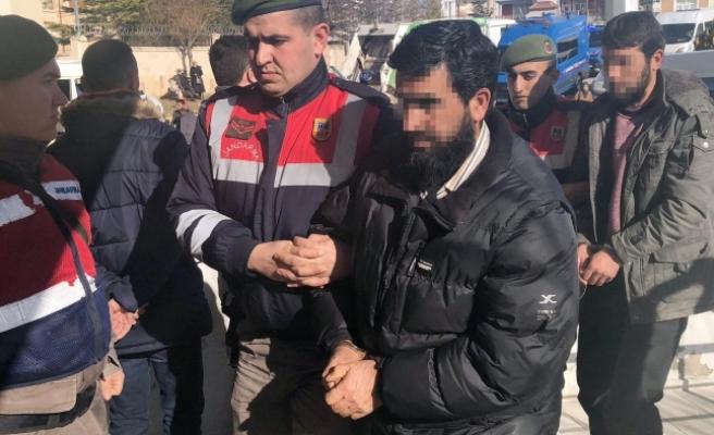 Karaman'da DEAŞ'tan Adliyeye Çıkarılan 5 Kişi Serbest Kaldı