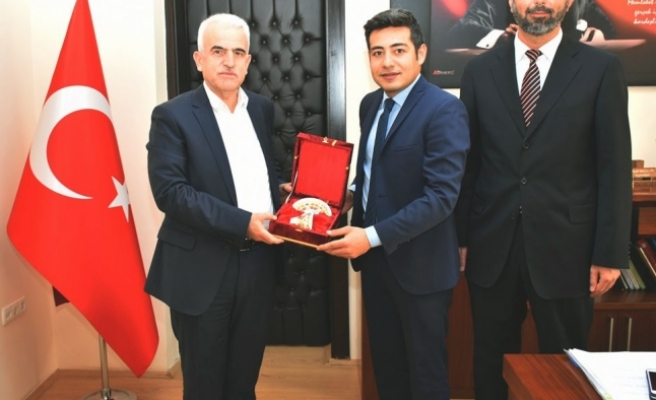 Kuntoğlu, Ermenek'te İlçe Milli Eğitim Müdürleriyle Bir Araya Geldi