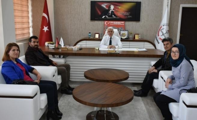 Makbule Orman Ortaokulu Projelerini Kuntoğlu'na Sundu