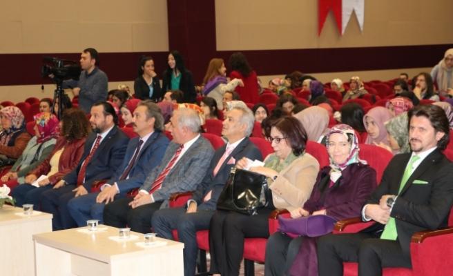 """KMÜ'de """" Karaman'da Kadın Olmak"""" Konulu Panel"""