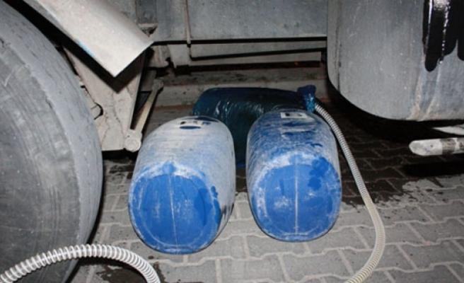 Mut'tan Mazot Hırsızlığı Yapan 4 Kişi Karaman'da Yakalandı
