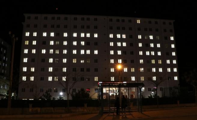 Üniversite Öğrencilerinden Mehmetçik'e Işıklı Destek