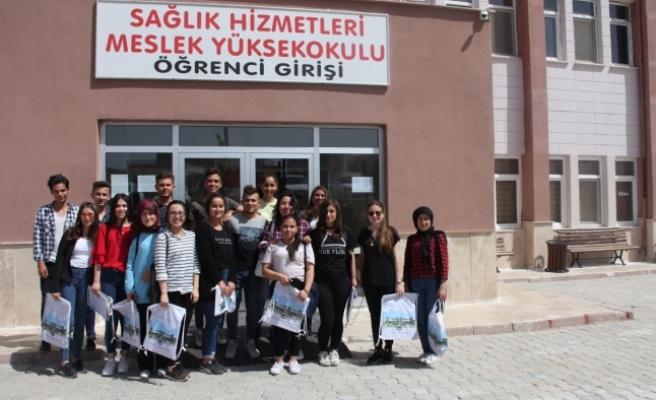 Mut Özdemirler Çok Programlı Anadolu Lisesinden KMÜ'ye Ziyaret