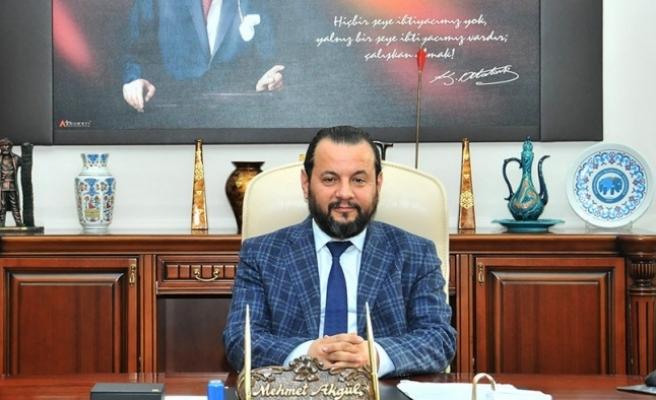 Rektör Akgül'den Emek Ve Dayanışma Günü Mesajı