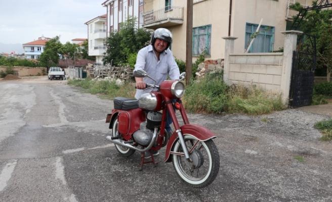 """Gençlik Tutkusu """"Motosiklet""""in Koleksiyonunu Yapıyor"""