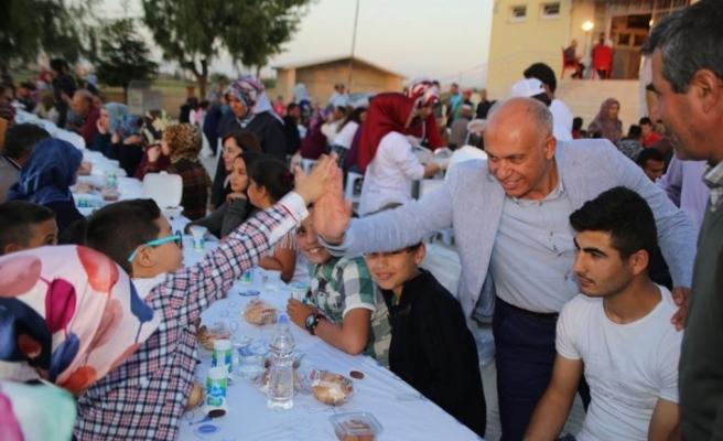 İftar Sofrasının Konuğu Fatih Mahallesi Sakinleri Oldu