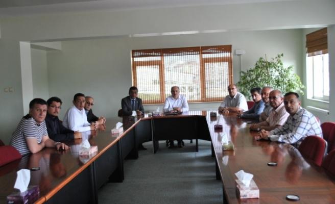 Vali Meral'den Ticaret Borsası Ziyareti